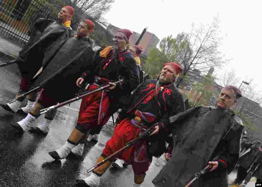 «Солдаты добровольческого пехотного полка северян»