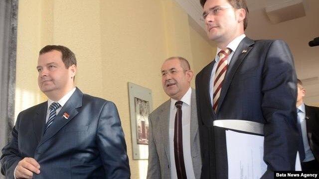 Premijer Srbije Ivica Dačić, ministar pravde Nikola Selaković i predsednik Skupštine Vojvodine Ištvan Pastor u Skupštini Vojvodine u Novom Sadu.