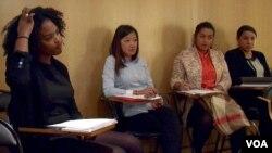 Headhunter Mozaik RH seeks talent in France's immigrant-heavy suburbs. (L. Bryant/VOA)