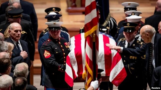 国家大教堂中老布什总统的国葬