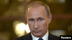 """Ruski predsednik Vladimir Putin smatra da su zapadne sankcije Rusiji """"ucena""""."""