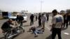 ایران کې یوې ترافیکي پېښې کې ۲۴ افغانان مړه شوي
