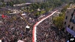 Πορείες συμπαράστασης πραγματοποίησαν υποστηρικτές του Προέδρου Άσσαντ