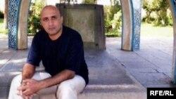 Blogger dan aktivisi oposisi Iran, Sattar Beheshti meninggal dalam tahanan polisi (foto: dok).