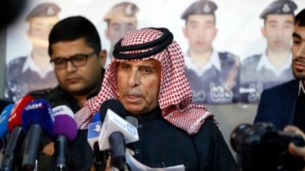 约旦飞行员卡萨斯贝的父亲呼吁伊斯兰国释放他儿子