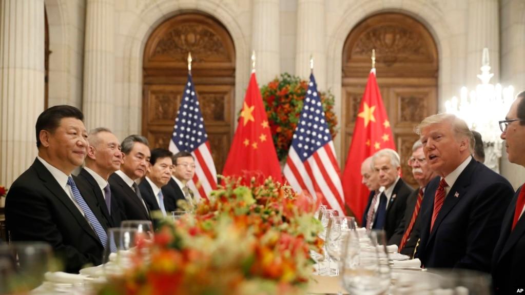美国总统川普和中国国家主席习近平在布宜诺斯艾利斯共进工作晚餐。(2018年12月1日)