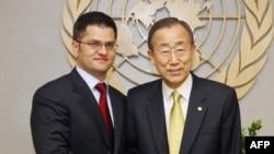 Ministar spoljnih poslova Srbije Vuk Jeremić i generalni sekretar UN Ban Ki-Mun (arhivski snimak)