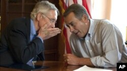 Διαφωνίες και ξεχωριστά σχέδια από Ρεπουμπλικανούς και Δημοκρατικούς για το όριο χρέους