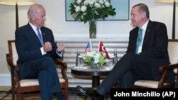 Cumhurbaşkanı Erdoğan, Başkan Yardımcısı Biden'la en son geçen hafta New York'taki BM Genel Kurul toplantıları sırasında görüşmüştü
