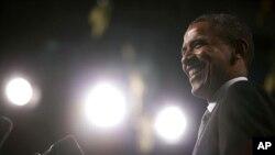 Tổng thống Obama nói về vấn đề kinh tế tại thủ phủ Albany của New York hôm 8/5/12