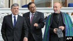 Зустріч президентів у Стамбулі: Абдулла Гюль (Туреччина), Асіф Алі Зардарі (Пакистан), Гамід Карзай (Афганістан)