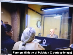Convicted Indian spy Kulbhushan Jadhav met his wife and mother in Islamabad, Pakistan, Dec. 25, 2017. (Courtesy Foreign Ministry of Pakistan)