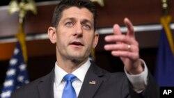 Paul Ryan kakakin majalisar wakilan Amurka dan Republican da jam'iyyarsa bata son a yi dokar binciken kwakwaf kafin a sayarwa mutum bindiga