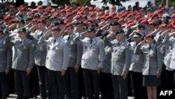 Đức bắt đầu kêu vào quân đội những người đến tuổi nhập ngũ kể từ năm 1957