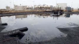 An oil processing facility is seen at an oilfield in Unity State, South Sudan, April 22, 2012. (Reuters)