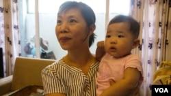 Bà Trần Trinh rất yêu đứa con gái, nhưng bà đã từng hy vọng đó là con trai vì đứa con đầu lòng cũng là gái
