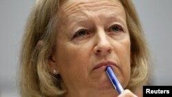 Mary Schapiro se desempeñará en el cargo hasta el 14 de diciembre.