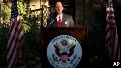 Daniel Rubinstein, enviado especial a Siria, dijo que EE.UU. no tendrá relaciones diplomáticas con Damasco hasta que renuncie el presidente Bashar al-Assad.