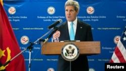 Secretário de Estado americano, John Kerry, em Luanda