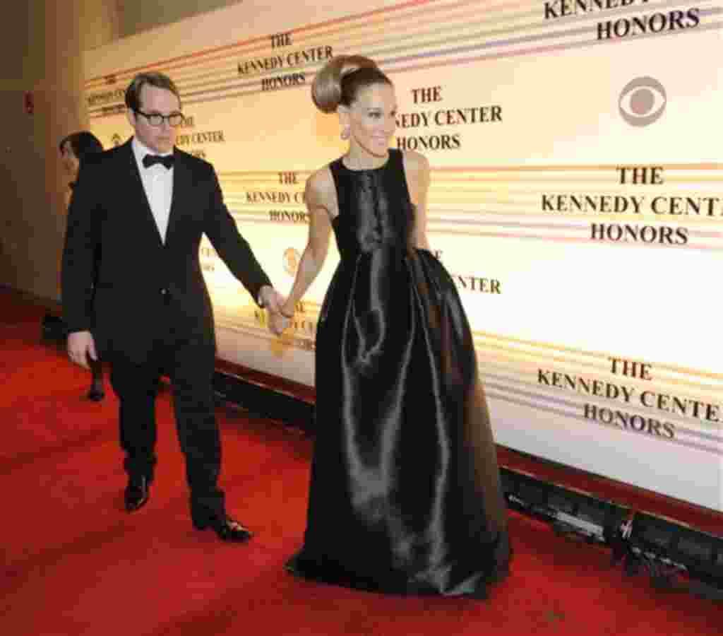 Matthew Broderick y Sarah Jessica Parker llegan a la noche de gala en el Kennedy Center.