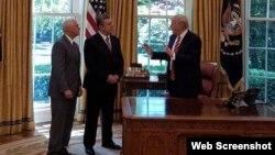 აშშ-ის პრეზიდენტი დონალდ ტრამპი, საქართველოს (ყოფილი) პრემიერ მინისტრი გიორგი კვირიკაშვილი, აშშ-ის ვიცე პრეზიდენტი მაიკ პენსი