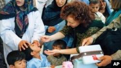 Ellyn Ogden u Afganistanu, na početku prošlogodišnje kapanje cijepljenja djece protiv polija