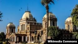 بہاول پور کی ایک خوبصورت تاریخی عمارت نور محل۔ فائل فوٹو