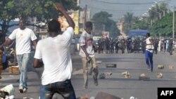 科特迪瓦反对派在示威时与警方冲突