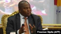 Presidente Faustin Archange Touadera assistiu à assinatura