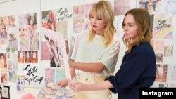 تیلور سوییفت و طراح مشهور بریتانیایی استلا مک کارتنی