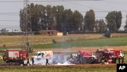 스페인 세비야 공항 인근 군 수송기 추락 현장