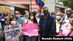 1 Eylül 2021 - Asgari ücretin ayda 3 doların altına indiği Venezuela'da protestolar devam ederken