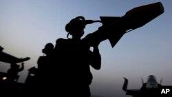 Dos vehículos del grupo Estado Islámico fueron destruidos por los bombardeos, se informó.