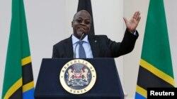 Le président tanzanien John Magufuli lors de sa visite officielle à Nairobi, au Kenya, le 31 octobre 2016.