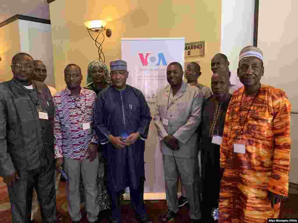 Hotunan taro na musamman da Muryar Amurka ta shirya a Abuja, babban editan shashen Hausa Aliyu Mustapha tareabokan hulda daga Nijar da kuma Ghana.