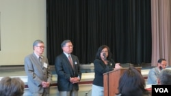 Representatives from the Laotian, Vietnamese, and Cambodian communities recalled their traumatized experiences escaping war and violence in their countries to the audience, organized by the Southeast Asian American Health Coalition, on Tuesday, October 20th, 2015. (Soksreinith Ten/VOA Khmer)