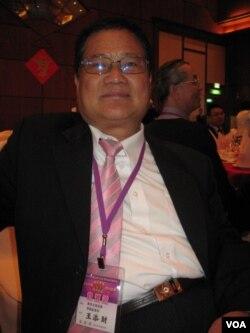 东莞台商协会常务副会长 王添财(美国之音申华拍摄)