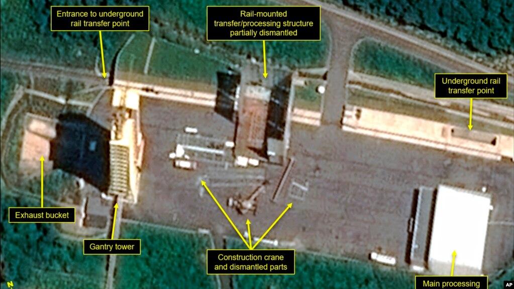 2018年7月22日的衛星圖片顯示朝鮮西海衛星發射中心的一個引擎測試架部分拆除