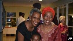 """Marguerite Barankitse na Aline Ndenzako n'umuhungu yakinye """"Bosco"""""""