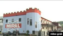 Migrantski kamp u Miral