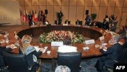 تهران در انتظار خروجی آبرومندانه از بن بست اتمی