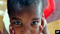 Wata karamar yarinya marainiya dake dauke da kwayar cutar HIV