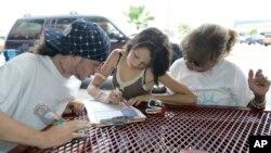 Según las autoridades electorales solo se han registrado para votar alrededor de 90 jóvenes entre 16 y 17 años.