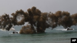 """Latihan militer bersama """"Cobra Gold"""" di Chonburi Thailand yang diikuti 8.000 personil militer dari AS, Thailand, Indonesia, Jepang, Singapura, Korea Selatan dan Malaysia (foto: dok). Keputusan Amerika menempatkan prioritas militer lebih besar di Pasifik untuk mengimbangi China, mendapat dukungan meluas di kawasan."""