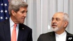 Госсекретарь США Джон Керри и министр иностранных дел Ирана Джавад Зариф (архивное фото)