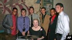 Madeleine Albright, Herbie Hancock i studenti iz Miamija