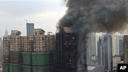 上海一棟教師居民樓11月15日發生大火