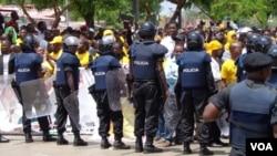Angola polícia