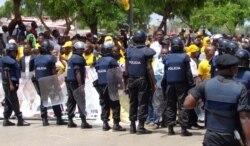 Mulheres angolanas e as manifestações - 2:40