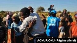 Refugiados angolanos de regresso à casa (Arquivo)